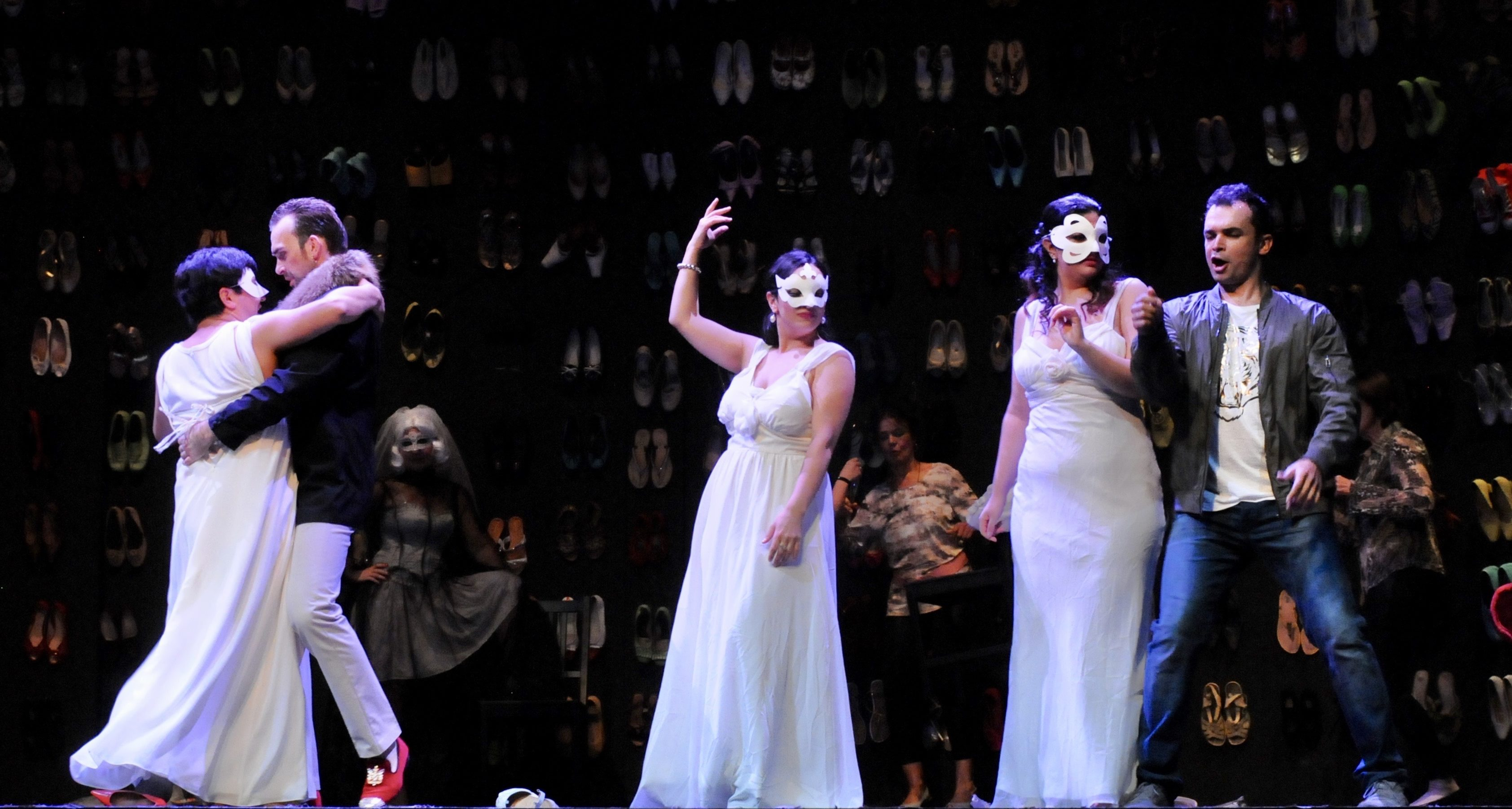 Ensemble `Don Giovanni` (Foto Verena von Kerssenbrock)